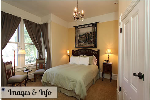 napa bed and breakfast guestroom with bed and chairs